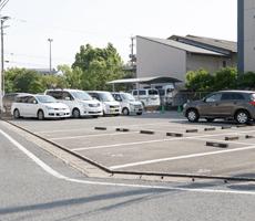 駐車場の写真01